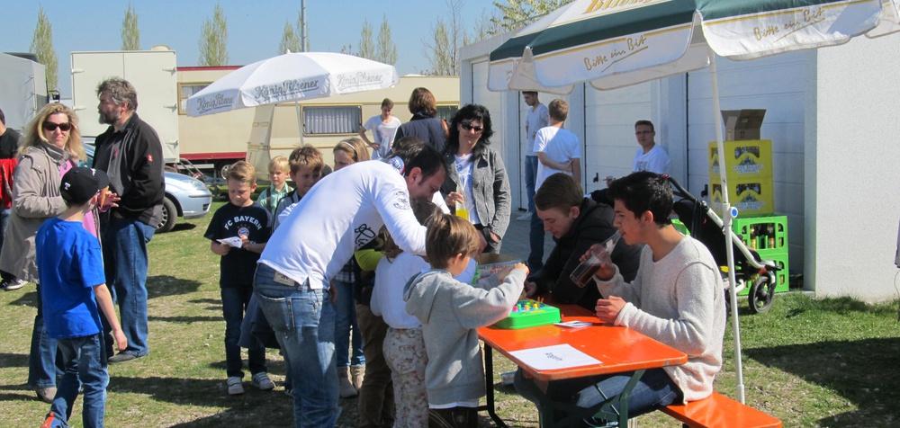 Fleißigen Helfer am Volksfestnachmittag